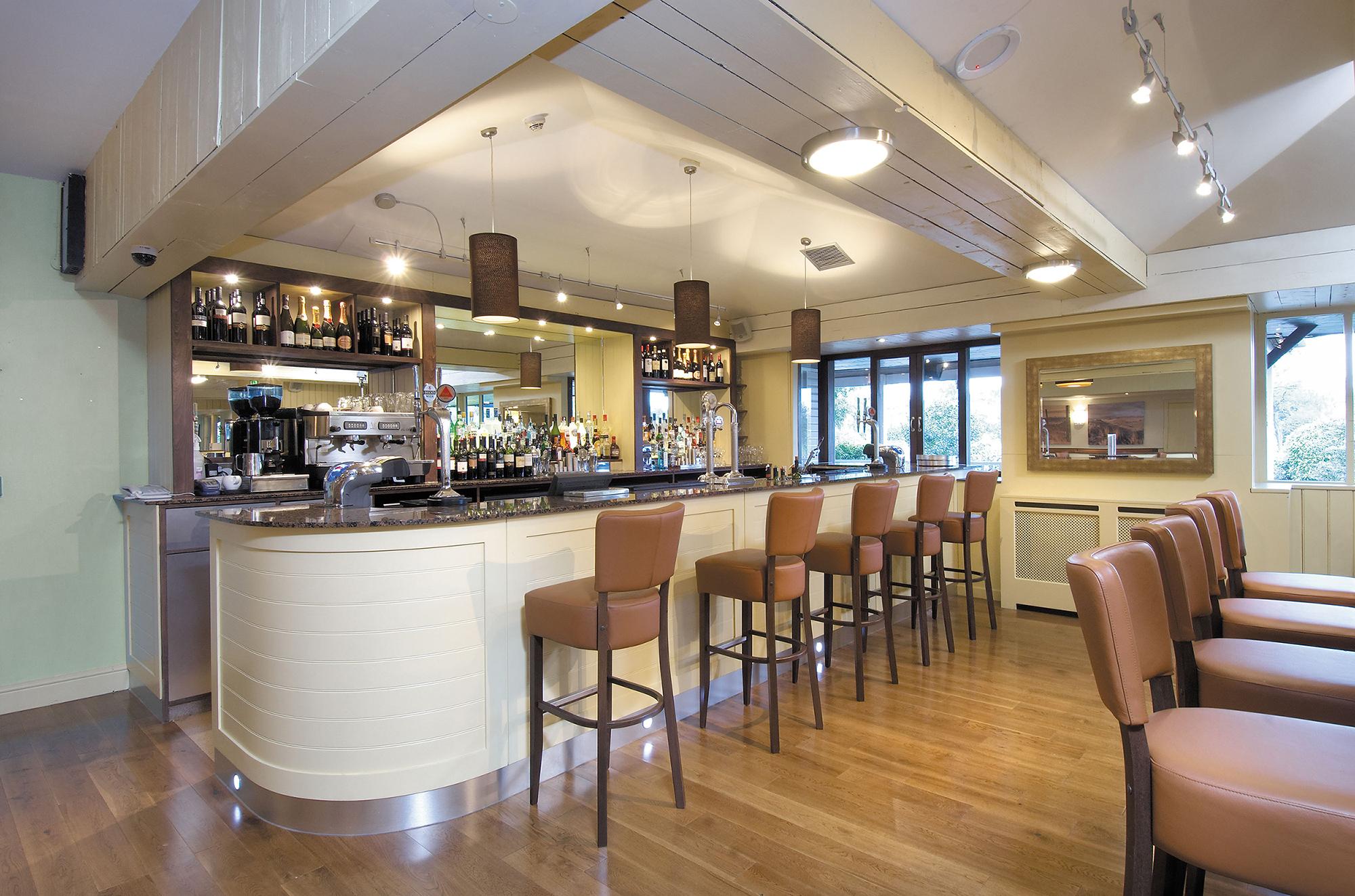 Martha S Grill Amp Bar At The Madison Hotel Rory Cashin