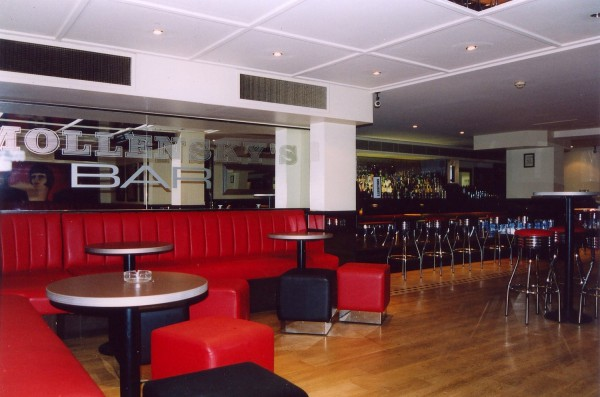 Smollensky's Bar