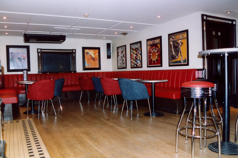 Smollenskys Bar Diner
