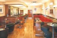 Manhattan Bar & Grill